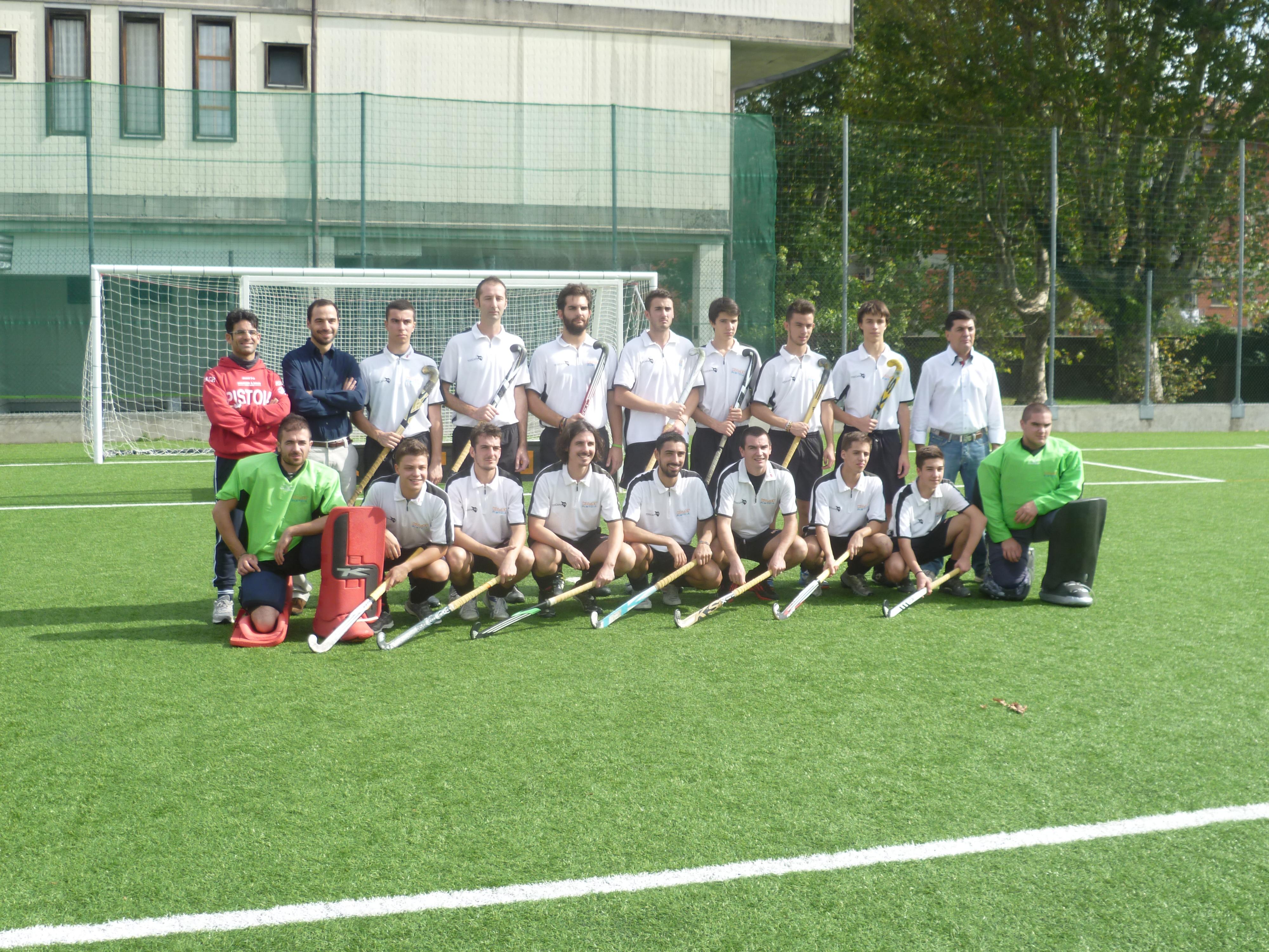 La formazione della prima squadra con la presenza del Sindaco Bertinelli